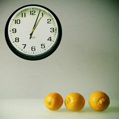 clock and lemons