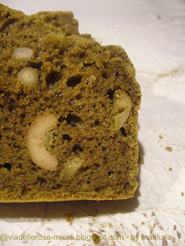Cake al tè matcha e olive verdi