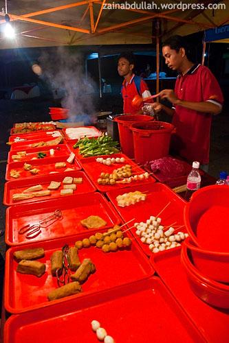 Yong tau foo seller at Kelana Jaya Pasar Tani (Agro Market)