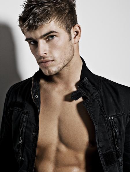 Tyler Batchel