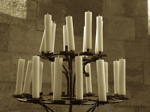 39. Candle(light)