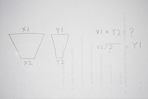 This is a simple math equation to figure out the proper size of the sides of your soft box.