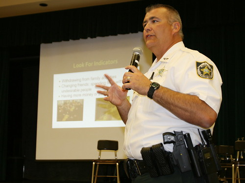 Newsome High School Resource Officer Mike Alonso 2