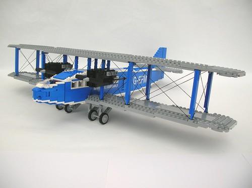 LEGO Handley Page W10 Hampstead