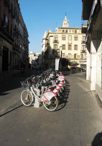 Sistema Bicis públicas Sevilla Plaza del Casco Histórico.
