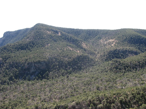 Upper Boot Canyon extends through the middle to the South Rim. Colima Pass extend to the right in the foreground.