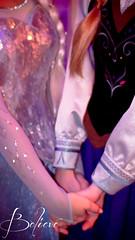 Elsa & Anna | Phone wallpaper