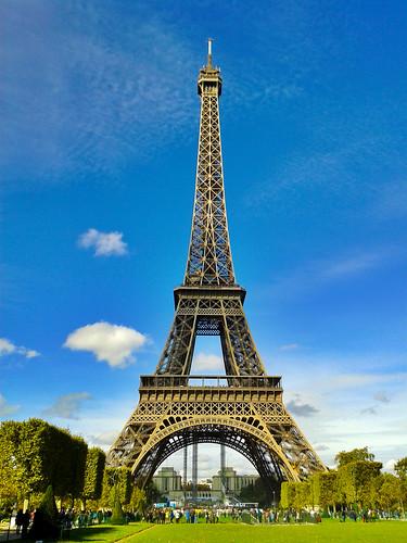 "Eiffel Tour - Paris France • <a style=""font-size:0.8em;"" href=""http://www.flickr.com/photos/104409572@N02/11588360534/"" target=""_blank"">View on Flickr</a>"