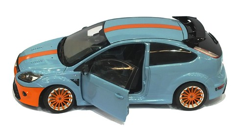 Minichamps Ford Focus RS Le Mans edition (1)