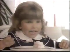 TOO CUTE VINTAGE 80'S BARBIE DOLL SALE COMMERICAL W JUDITH BARSI AND HEIDI ZEIGLER - YouTube_00005