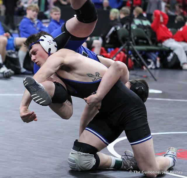 182 - Brandon Moen (Owatonna) over Benjamin Rautio (Minnetonka) Fall 0:52