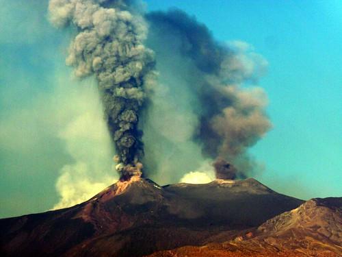 volcano europa europe sicily etna sicilia vulcano mountetna aetna eruzione ätna parossismo этна