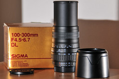 "Sigma 100-300mm F4.5-5.6 DL for Nikon • <a style=""font-size:0.8em;"" href=""http://www.flickr.com/photos/58574596@N06/10900595535/"" target=""_blank"">View on Flickr</a>"