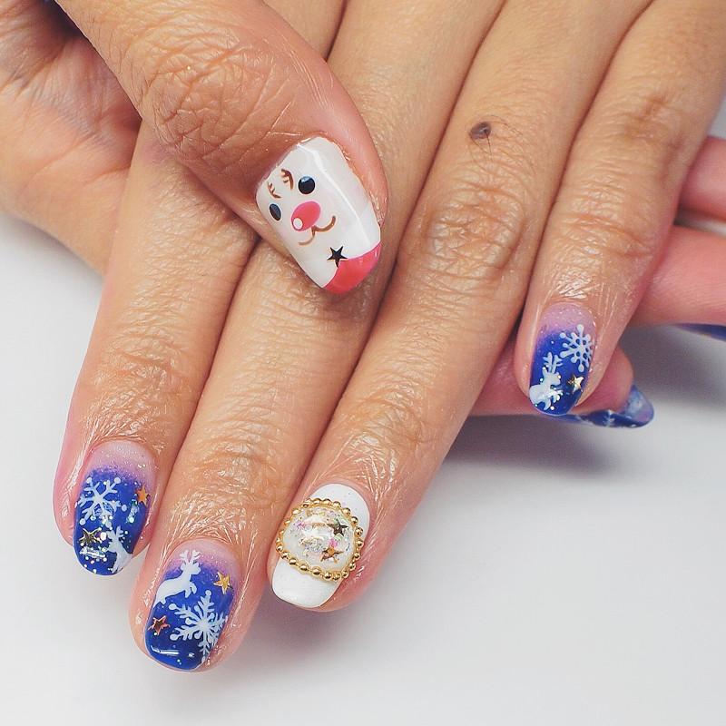 Christmas Nails Snowflakes