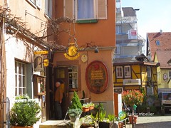 "Einhorn in Esslingen • <a style=""font-size:0.8em;"" href=""http://www.flickr.com/photos/84812658@N00/13564560973/"" target=""_blank"">View on Flickr</a>"