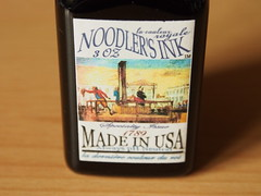 Noodler's La Couleur Royale - Close Up