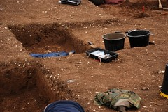 "West Kennet dig, 2014 • <a style=""font-size:0.8em;"" href=""http://www.flickr.com/photos/96019796@N00/14684705480/"" target=""_blank"">View on Flickr</a>"