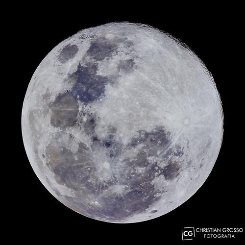 "Super Luna 10/08/2014 • <a style=""font-size:0.8em;"" href=""http://www.flickr.com/photos/20681585@N05/14874006156/"" target=""_blank"">View on Flickr</a>"