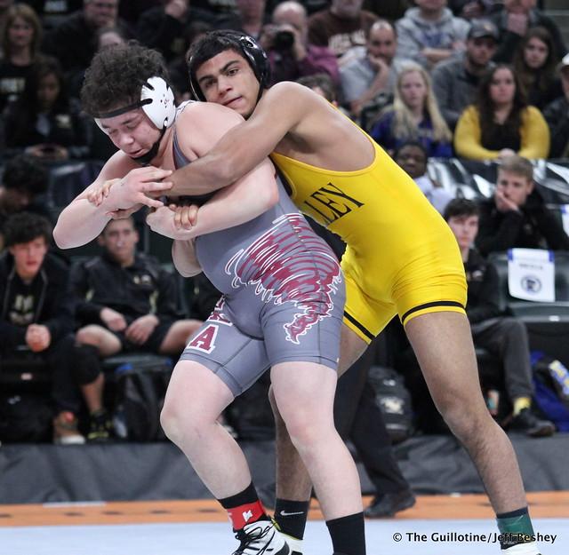 170 - Jalen Thul (Apple Valley) over Richie Hammonds (Anoka) Dec 7-5