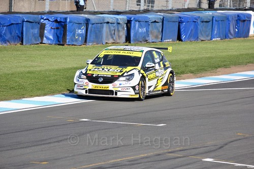 Senna Proctor during qualifying during the BTCC Weekend at Donington Park 2017: Saturday, 15th April