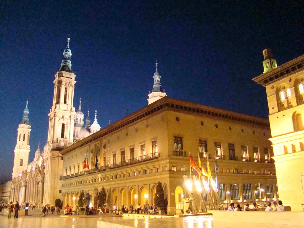 Ayuntamiento y Lonja 16