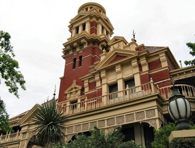 Illawarra - Toorak by Dean-Melbourne