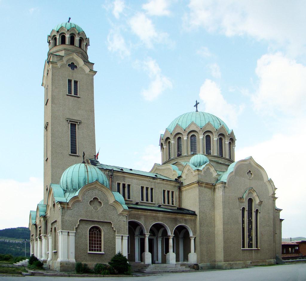 Iglesia catedral Natividad de Maria Veliko Tarnovo Bulgaria 06