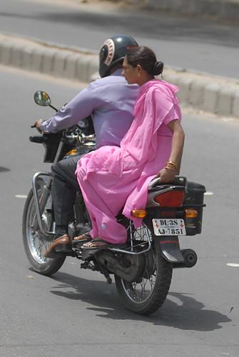India_Traffic_01