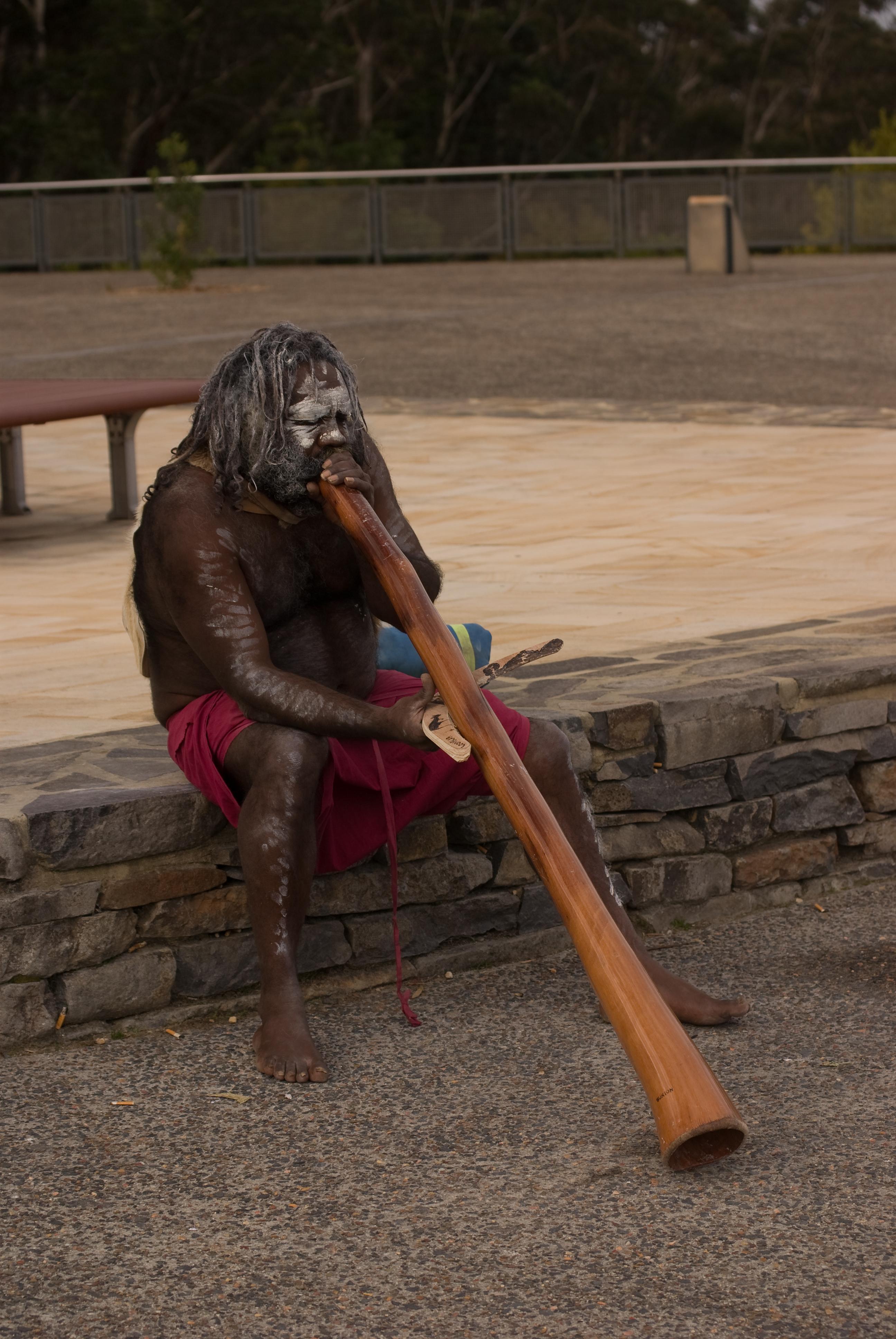 Aboriginal Man Playing Didgeridoo Flickr