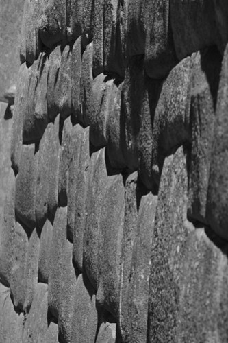 ollantaytambo peru stone black and white photo fortress