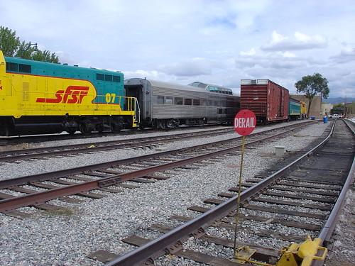 Santa Fe Railroad Cars by DRheins