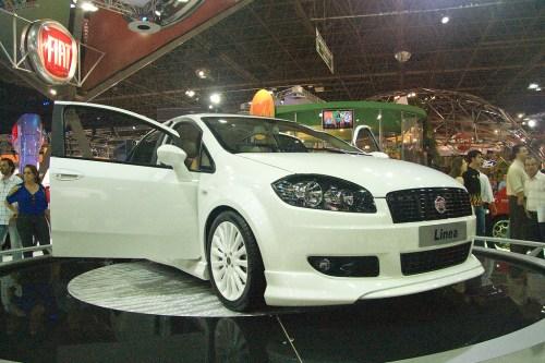 25º Salão Internacional do Automóvel | Fiat Linea