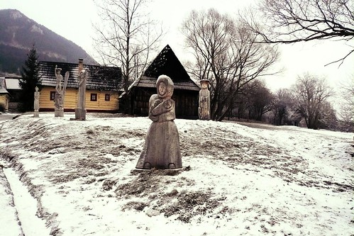 The Witch of Winter (la Sorcière de l'Hiver), Vlkolinec - Photo : Gilderic