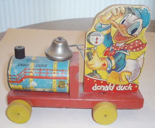 FISHER PRICE # 450 DONALD DUCK 1942