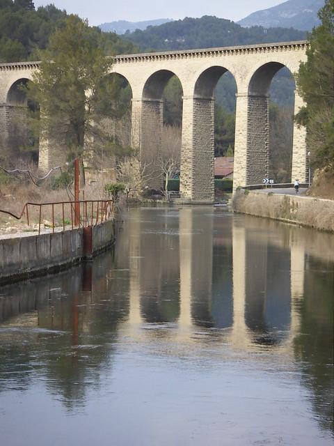 Fontaine de Vaucluse (1)