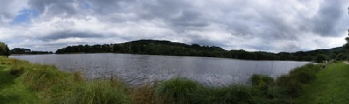 2013 - Panorama du lac de Courtille, à Guéret. 23 clichés assemblés avec Hugin