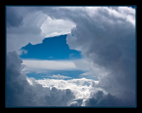 3576287440_ddd60c5805 Amazing Mountain photos - Clouds