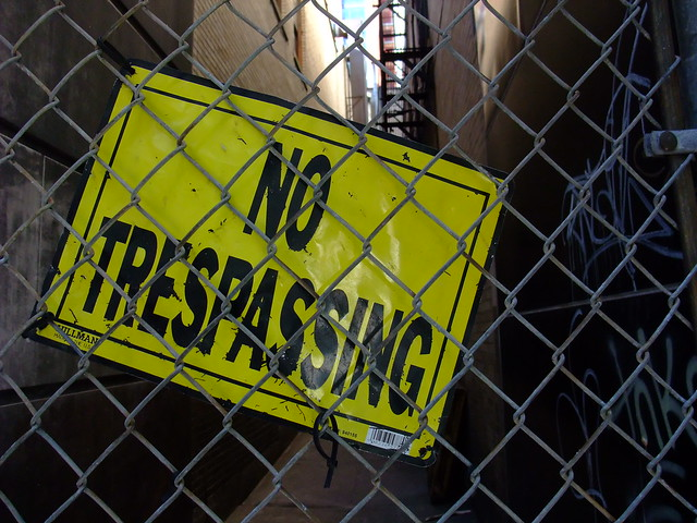 No trespassing