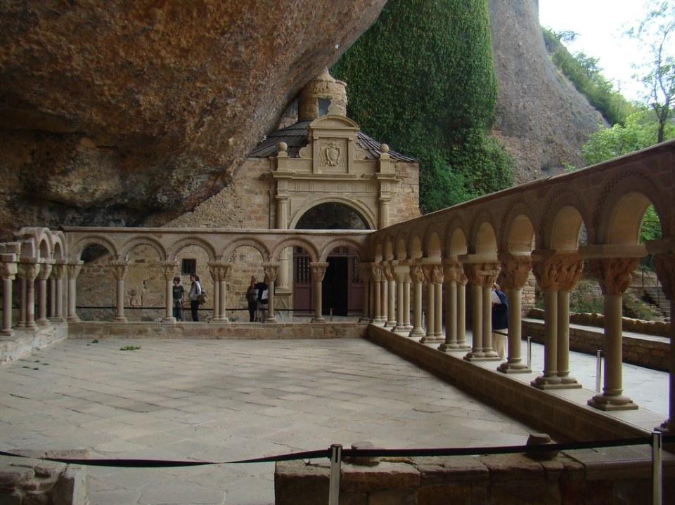 Capilla de los santos Voto y Felix Claustro del Monasterio de San Juan de la Peña Huesca 56