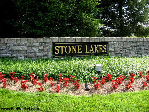 Stone Lakes and Stone Lakes Estates Louisville KY 40299 Homes For Sale off Taylorsville Rd at Stone Lakes Dr Near I265 Gene Snyder Freeway by EarlWeikel.com
