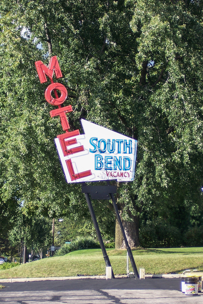 South Bend Motel sign