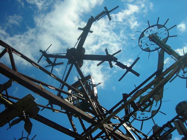 windmills & whirl-i-gigs