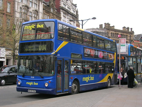 Dennis Trident 2/ALX 400, Magic Bus/Stagecoach in Manchester, W638 RND, Piccadilly Gardens