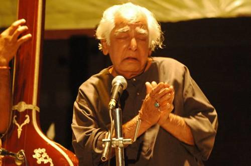 Ustad Fahimuddin Dagar saab at SPICMACAY convention, Kohima