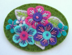 SWEETHEART FLET BROOCH