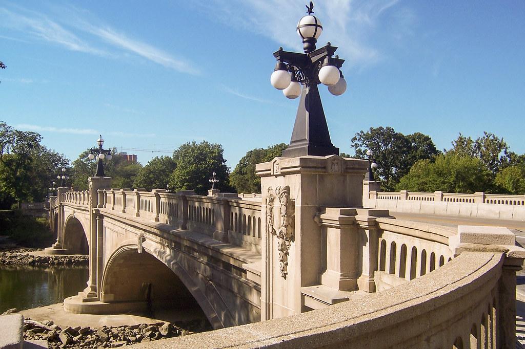 Leeper Park bridge