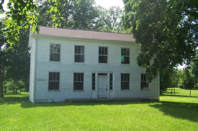1840s farmhouse, 64th and Michigan