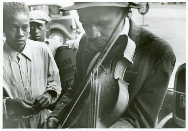 Blind street musicians, West Memphis, Arkansas, Sept. 1935.
