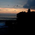 cloudy sunset @ tanah lot