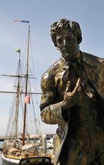 Jack London statue